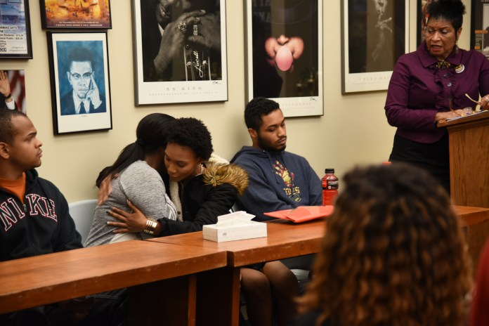 As part of Suicide Prevention week, students organized in the Student Union to share personal stories about suicide and discuss methods of coping on Thursday, Sept. 29, 2016. (Charlotte Lao/The Daily Campus)