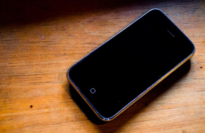 Smartphone batteries contain cobalt as a key ingredient. (Pablo Romeo/Flickr Creative Commons)