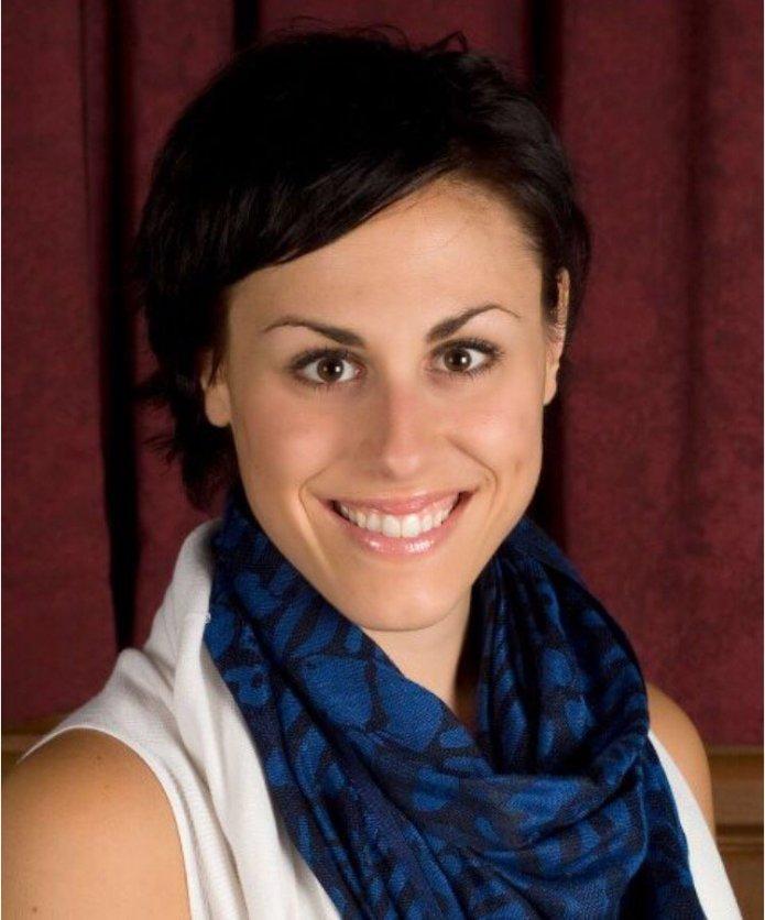 Aly Auriemma is an adjunct professor at UConn and daughter of UConn women's basketball coach Geno Auriemma.