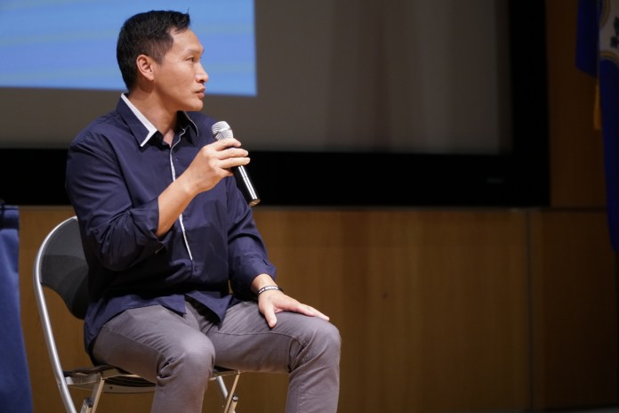 Arrested at 16, and served over 20 years prison, Eddy Zheng's journey to rehabilitation is highlighted in the film 'Breathin' by Ben Wang. Eddy presents on his life and responds to question from students from UConn. (Eric Wang/ The Daily Campus)