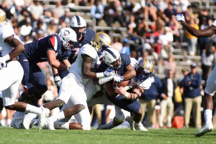 The football team defeated Tulsa 20-14 for their homecoming game. Their next game is this Saturday at 6:30. (Charlotte Lao/The Daily Campus)