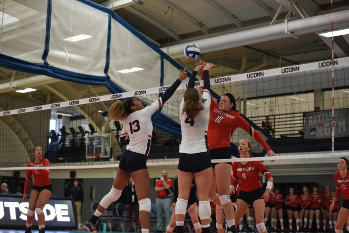 It was a tough two-loss weekend in Storrs for the UConn volleyball team (Charlotte Lao/The Daily Campus)