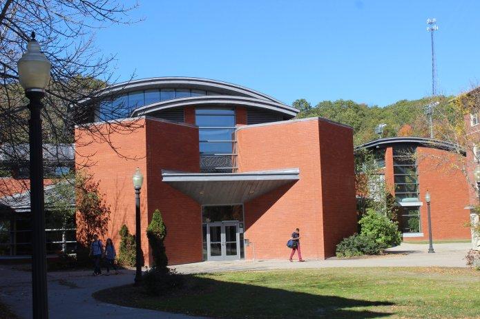 Northwest Dining Hall.(Josh Stanavage/The Daily Campus)