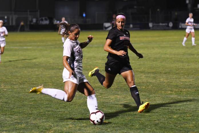 UConn Women's Soccer lost 3-0 against Rutgers at Morrone Stadium Thursday night. UConn defense stopped Rutgers from scoring in the second half (Nicholas Hampton/The Daily Campus)