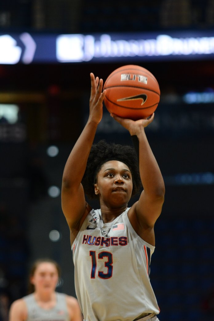 Christyn Williams shoots free throws during UConn's 99-45 win over SCSU. (Eric Wang/ The Daily Campus)