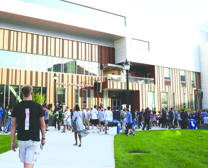 The time of day that students and faculty use the recreation center is one factor for membership prices.  Photo by Maggie Chafouleas / The Daily Campus