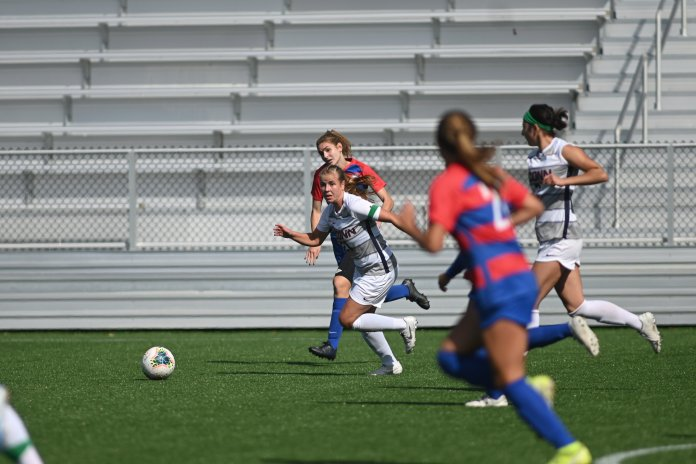 The Huskies won 1-0 against the Southern Methodist University Perunas with a goal by Cara Jordan (26). Their last home game is on 10/31 against Temple University.  Photo by Eric Wang