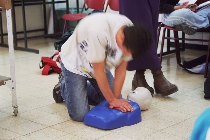 UConn students will have the opportunity to teach CPR to students, faculty, and administration. Classes are expected to open in February or March.  Photo courtesy of    flickr.com