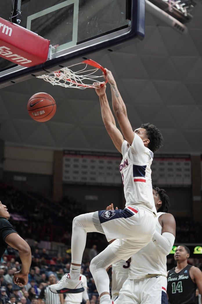 Freshmen James Bouknight (2) takes an unguarded dunk.