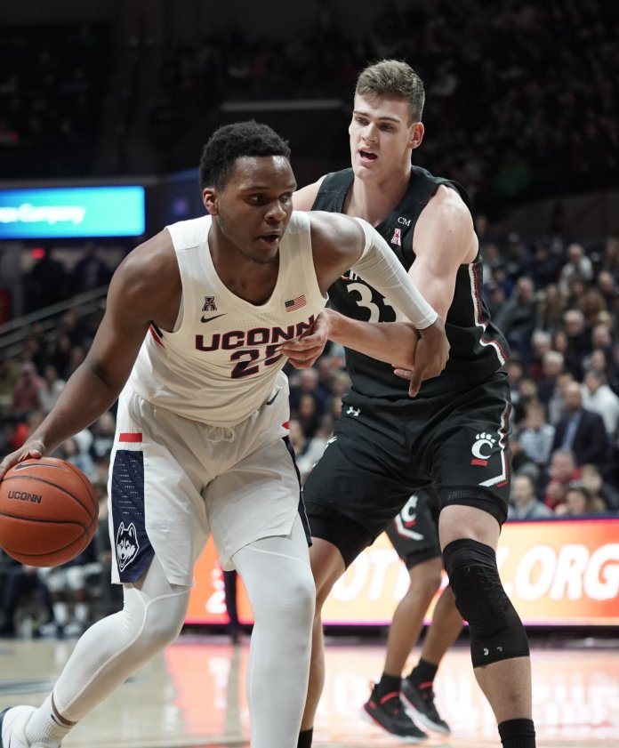 Josh Carlton racked up a team-high 10 rebounds for UConn Sunday. He will look to take advantage of the Mustangs smaller front court Wednesday.  Photo by Eric Wang / The Daily Campus.