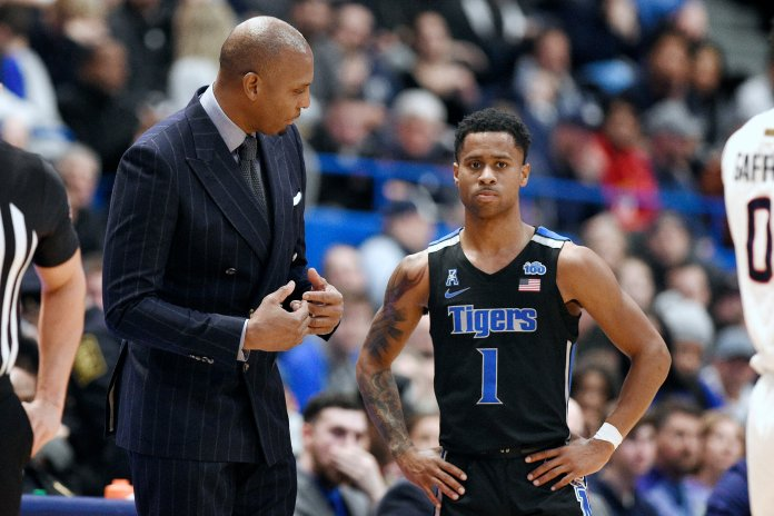 Memphis lost again this weekend, this time to UConn by three points. Head Coach Penny Hardaway came into the season with very high expectations and has fallen short on many of them.  Photo by Jessica Hill/AP.