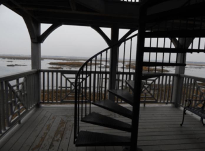 Outdoor deck at Connecticut Audubon Society Coastal Center.  Photo courtesy of the author