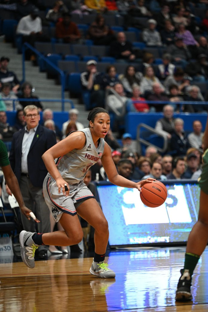 Defense seems to kickstart the team, butball movement and transition offensecould bethekeydeterminantsofwhether UConnisfatedfor theFinal Four or an earlyexit. Photo by Kevin Lindstrom/The Daily Campus