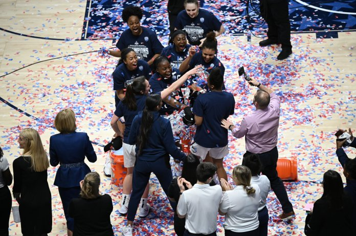 The UConn women's basketball team won their seventh straight American Athletic Conference Championship this weekend. They beat Cincinnati 87-53 to remain undefeated in all conference games.  Photo by Kevin Lindstrom/The Daily Campus.