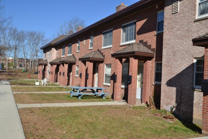 UConn ResLife recently announced they will have to take some housing options out of the selection process. These will mainly comprise of the on-campus apartments.  File Photo/The Daily Campus.