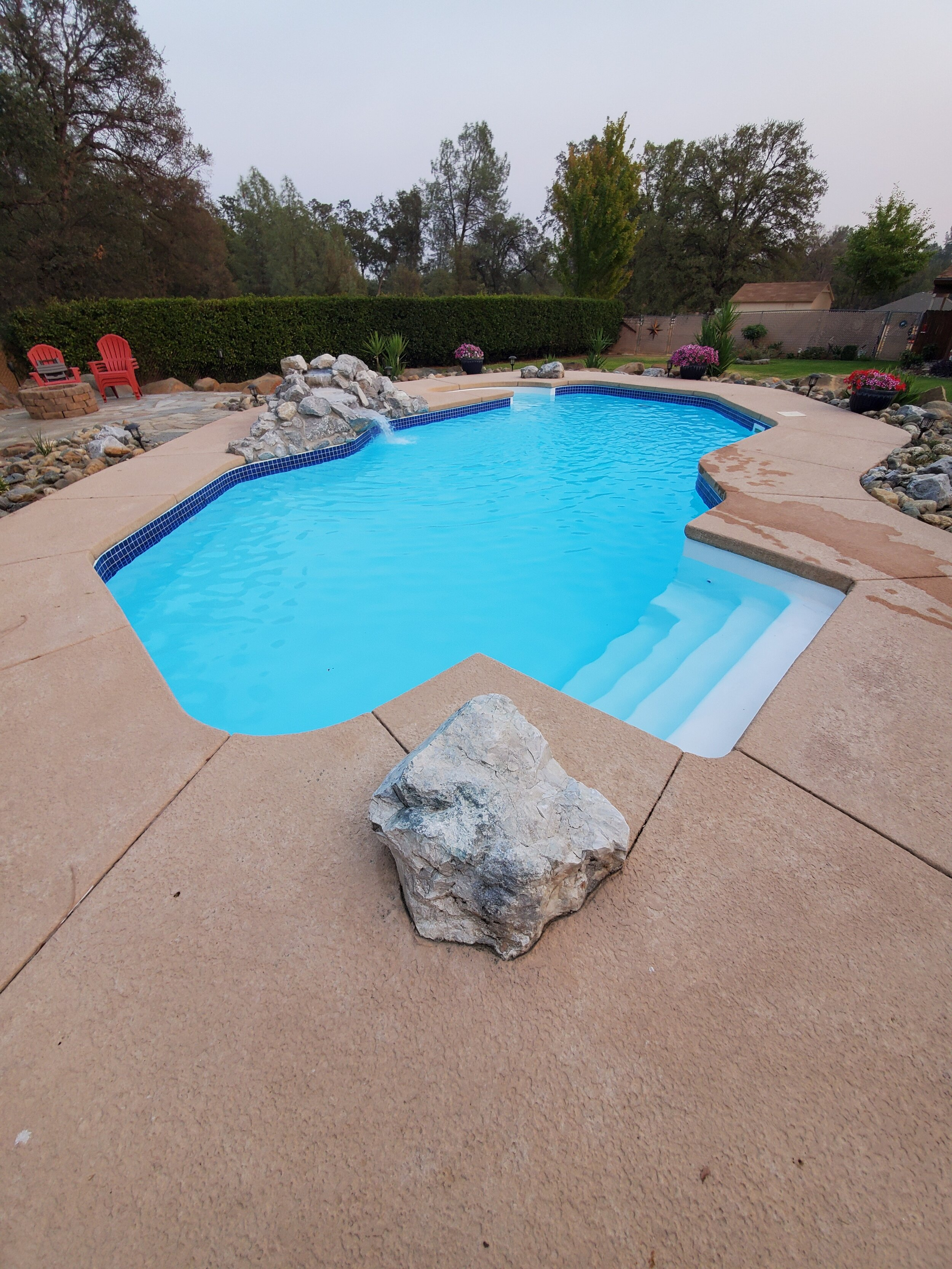 fiberglass pool resurfacing