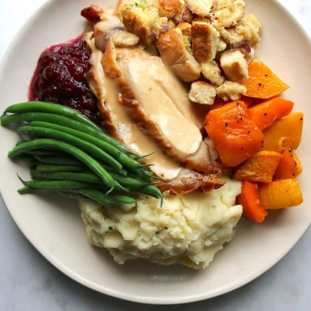 Cafe Pacific Catering_Turkey-Dinner.jpg
