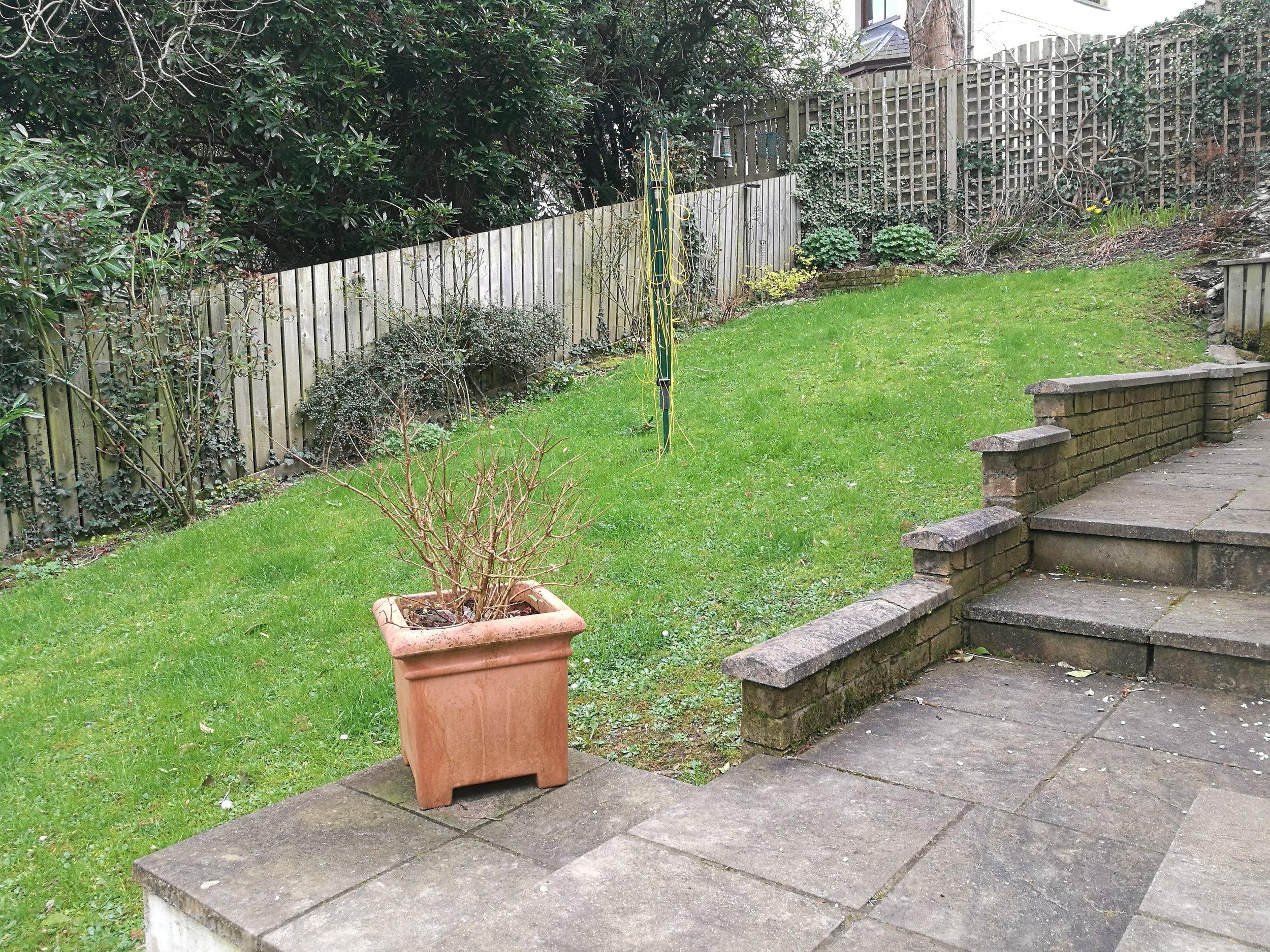 How To Level A Sloping Garden Uk | Fasci Garden on Garden Ideas For Sloping Gardens id=77489