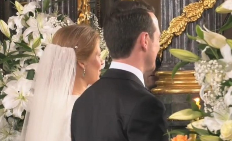 Die Brautfrisur der Prinzessin war eher schlicht   Foto: Screenshot Liveübertragung