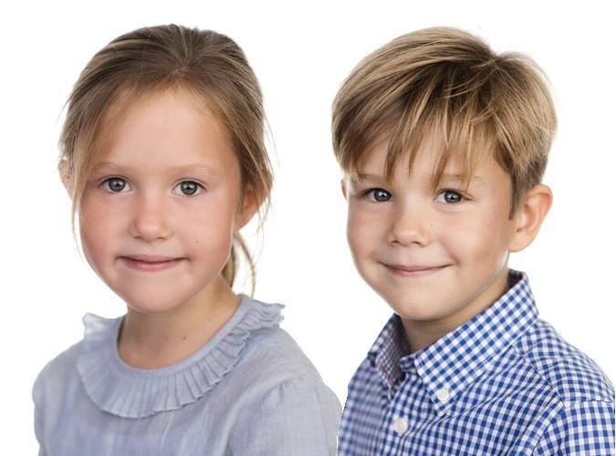 Farblich abgestimmt posieren Josephine und Vincent für ihre Geburtstagsfotos    Foto:Jens Rosenfeldt, Det danske Kongehuset