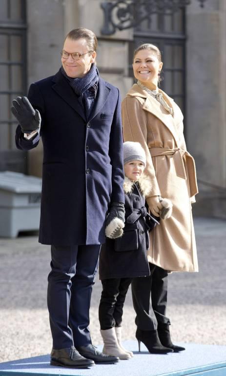 Die Familie der Kronprinzessin wird überall erkannt. Victoria und Daniel bleiben aber immer freundlich, wenn sie angesprochen werden.   Foto:imago/PPE