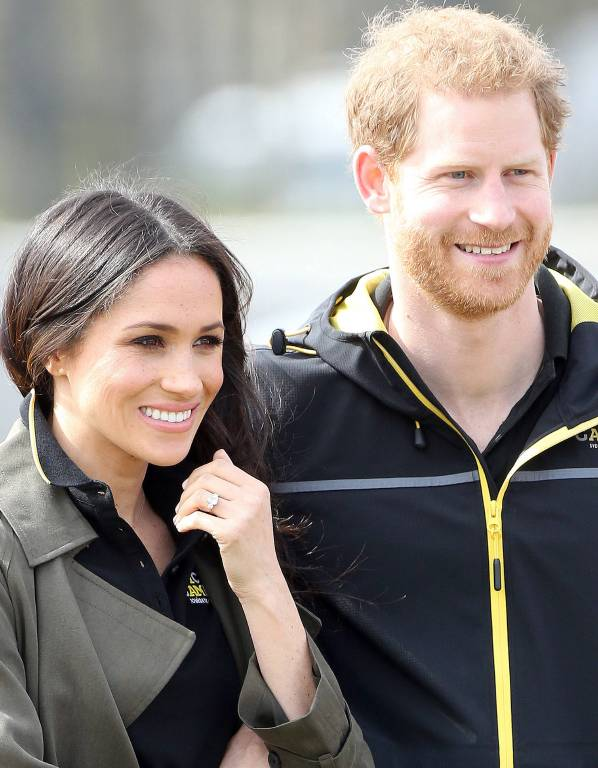 Da funkelt nicht nur der Verlobungsring: Auch Meghan und Harry strahlen.  Foto: imago/Matrix