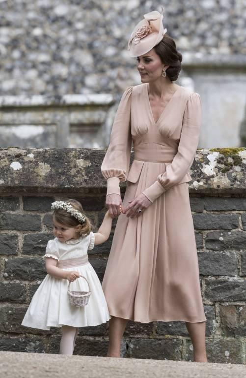 Bei der Hochzeit von Pippa stimmte sich die zwei Adligen ebenfalls ab. ©imago