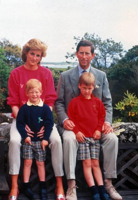 Für die Medien versuchen Charles und Diana die Fassade aufrecht zu halten.  ©imago/ZUMA Press