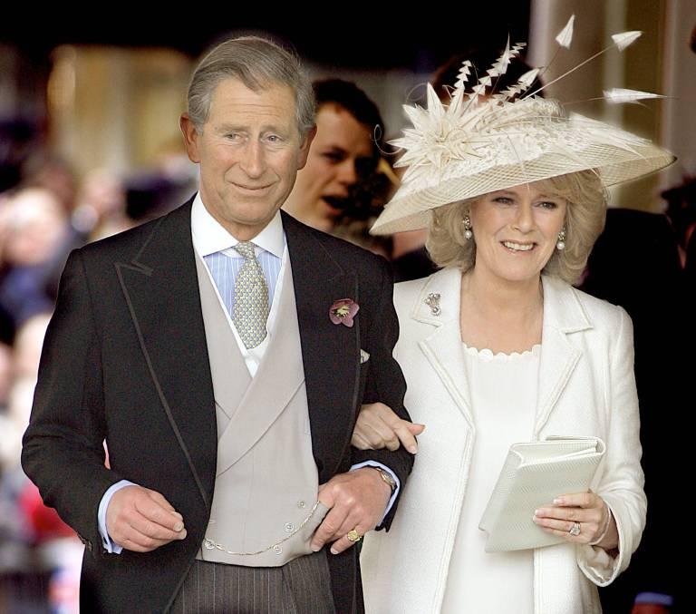 2005: Ein Herzenswunsch geht in Erfüllung: Prinz Charles heiratet seine Jugendliebe Camilla.  ©imago/UPI Photo