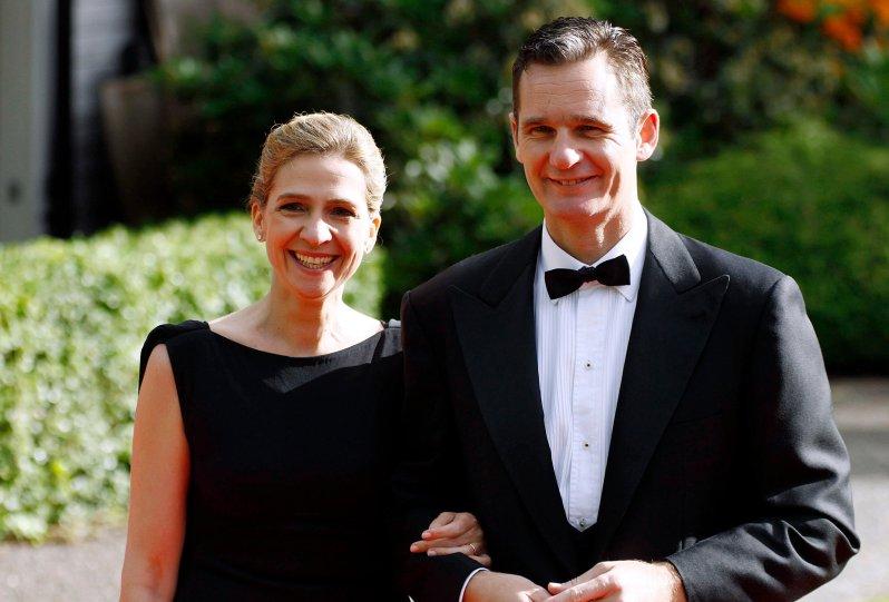 Sie brachten Spaniens Krone zum Wackeln: Infantin Christina mit Ehemann Inaki Urdangarin.  © ZDF/target press / ddp images