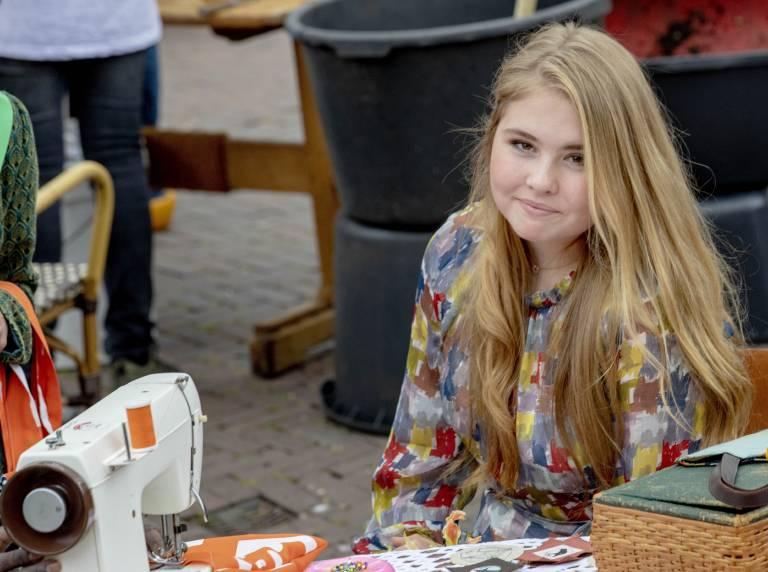 Prinzessin Amalia wird ihrem Vater König Willem-Alexander eines Tages auf den Thron folgen. ©imago images / PPE