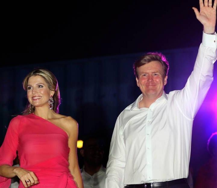 Königin Maxima und König Willem-Alexander waren in Sevilla um ihre Liebe zu feiern. Auf der Tanzfläche zeigte die gebürtige Argentinierin ihre Tanzkünste.  ©imago images / PPE