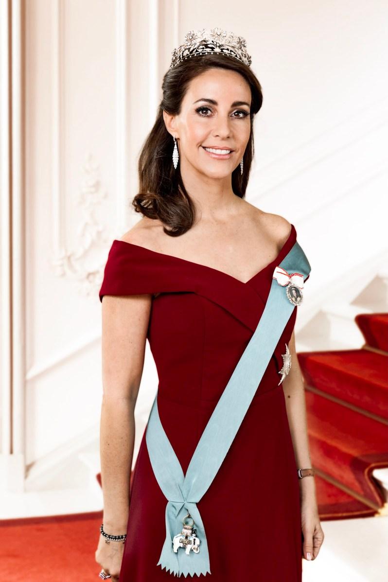 Prinzessin Marie trägt ihre Lieblingstiara. Dabei handelt es sich um eine Leihgabe aus der königlichen Schatzkammer.  ©Steen Brogaard, Kongehuset.dk