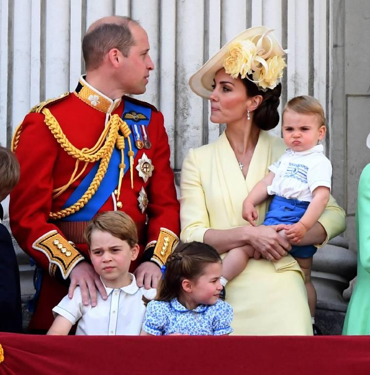 Für Prinz William und Herzogin Kate muss es es ein Gefühl der Ohnmacht sein. Wie sollen sie ihre Kinder beschützen?  ©imago images / PA Images