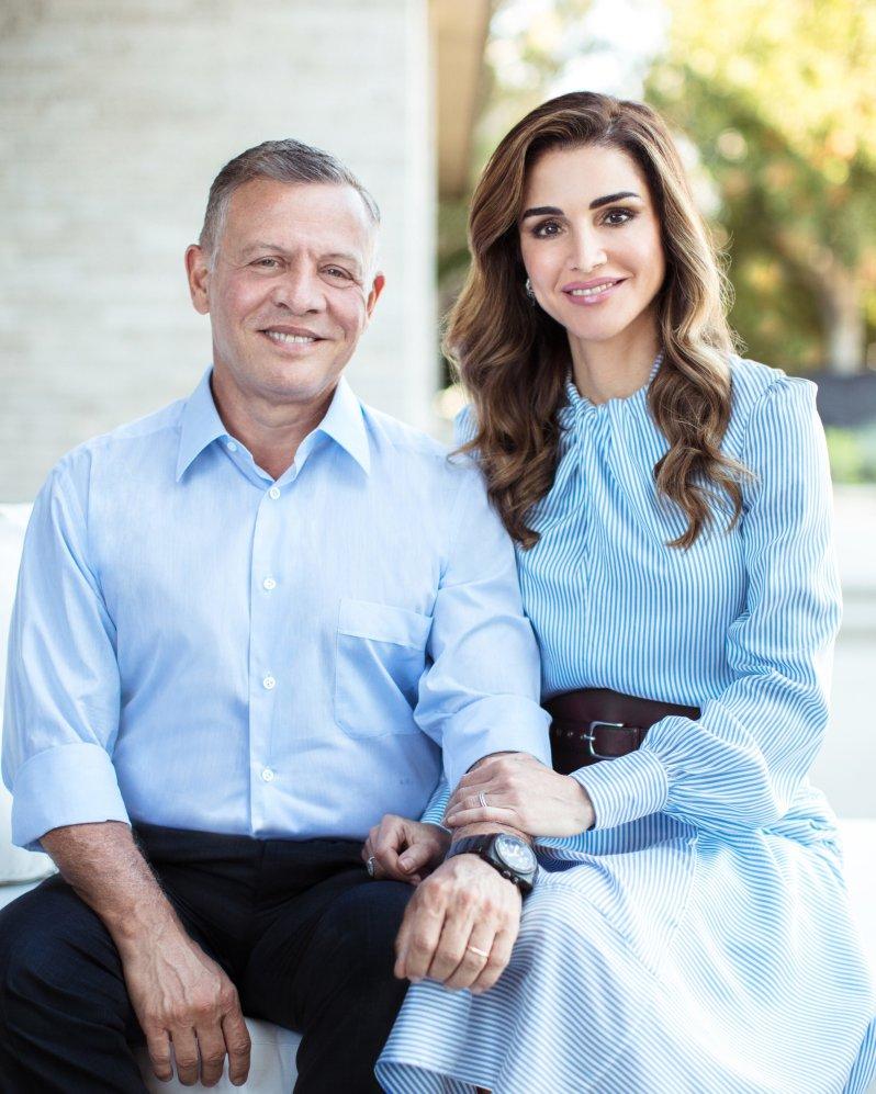 König Abdullah und Königin Rania sind seit 1993 verheiratet. Ihre Familie wächst von Jahr zu Jahr. Dafür sorgen vor allem die Geschwister des Monarchen.  © picture alliance/RoyalPress Europe