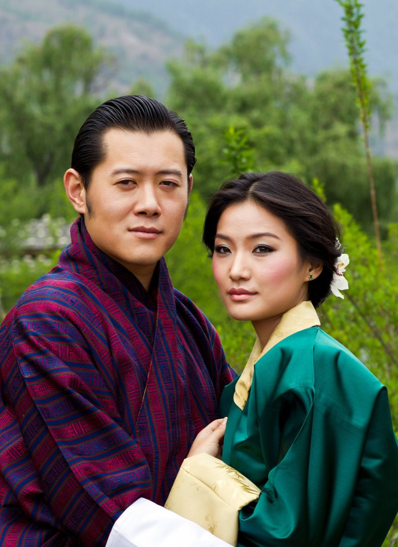 König Jigme und Königin Jetsun sind seit 2011 verheiratet. Sie freuen sich über ein zweites Baby.  © picture alliance/CPA Media