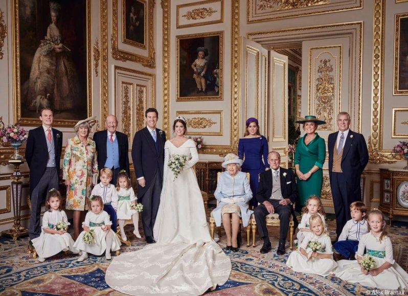 Dieses Foto ist eine kleine Sensation. Denn jahrelang hat man Prinz Philip und Ex-Schwiegertochter Sarah Ferguson nicht mehr gemeinsam gesehen. © Royal Family / Alex Bramall