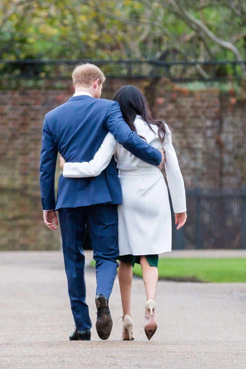 Herzogin Meghan und Prinz Harry haben das Königshaus verlassen, um ihren eigenen Weg zu gehen. Nun können sie ein freies Leben führen.  © picture alliance / Photoshot