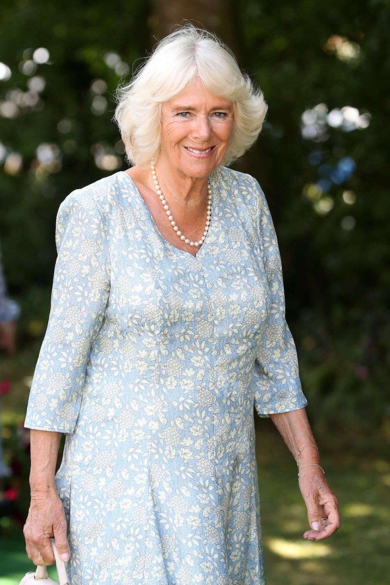 Herzogin Camilla liebt das Lesen. Nun gibt sie Buchtipps, um die Coronakrise zu überstehen.  © picture alliance / Photoshot