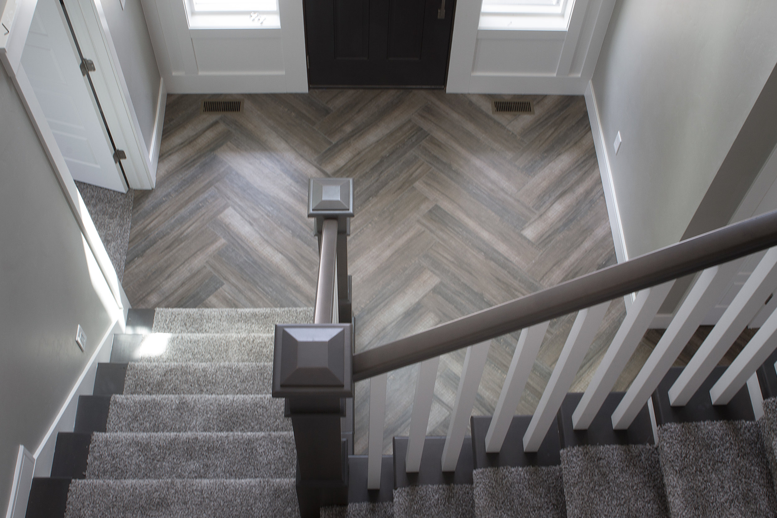 herringbone wood texture tile floor