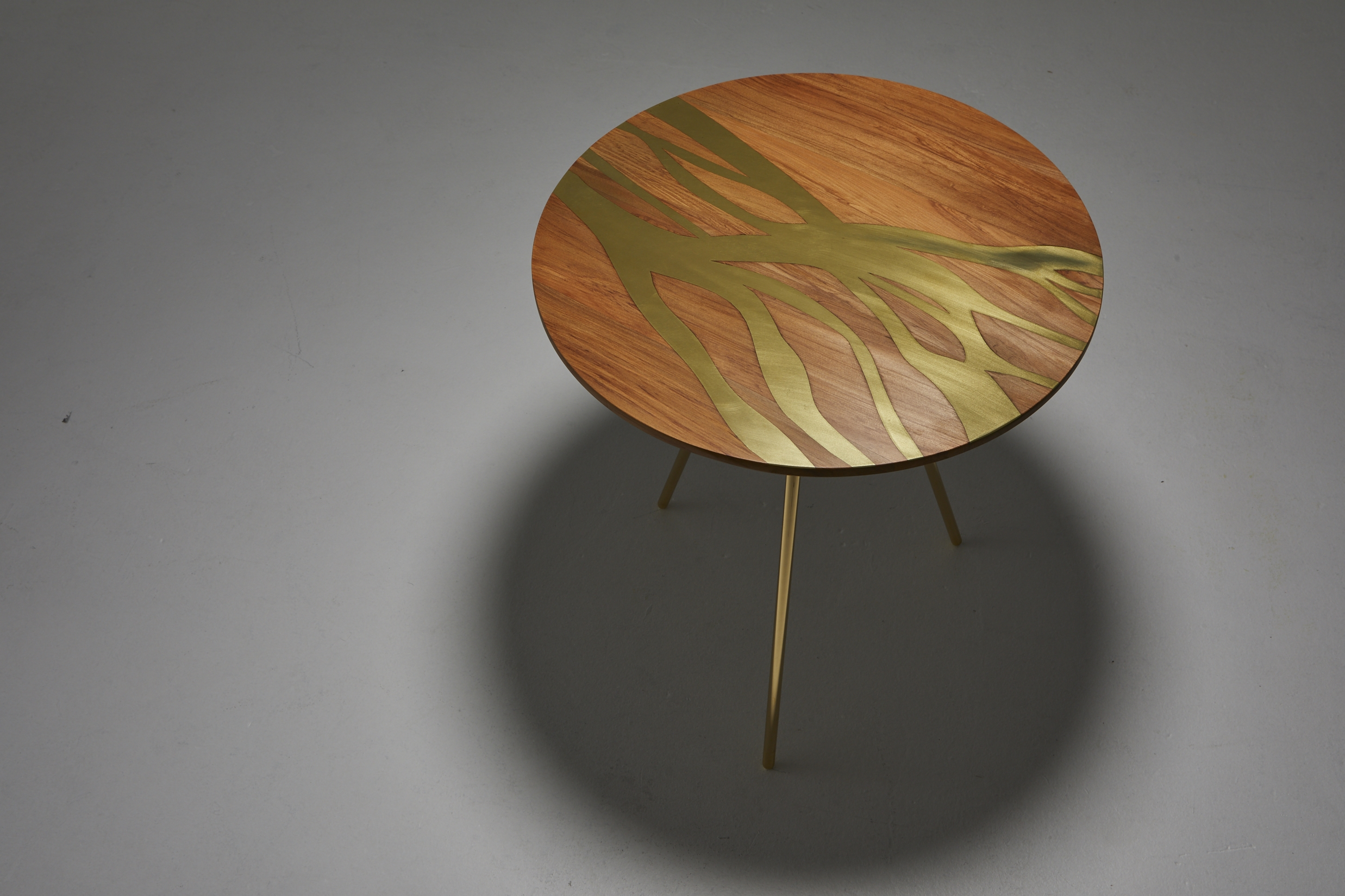 flow side table lyzadie design studio