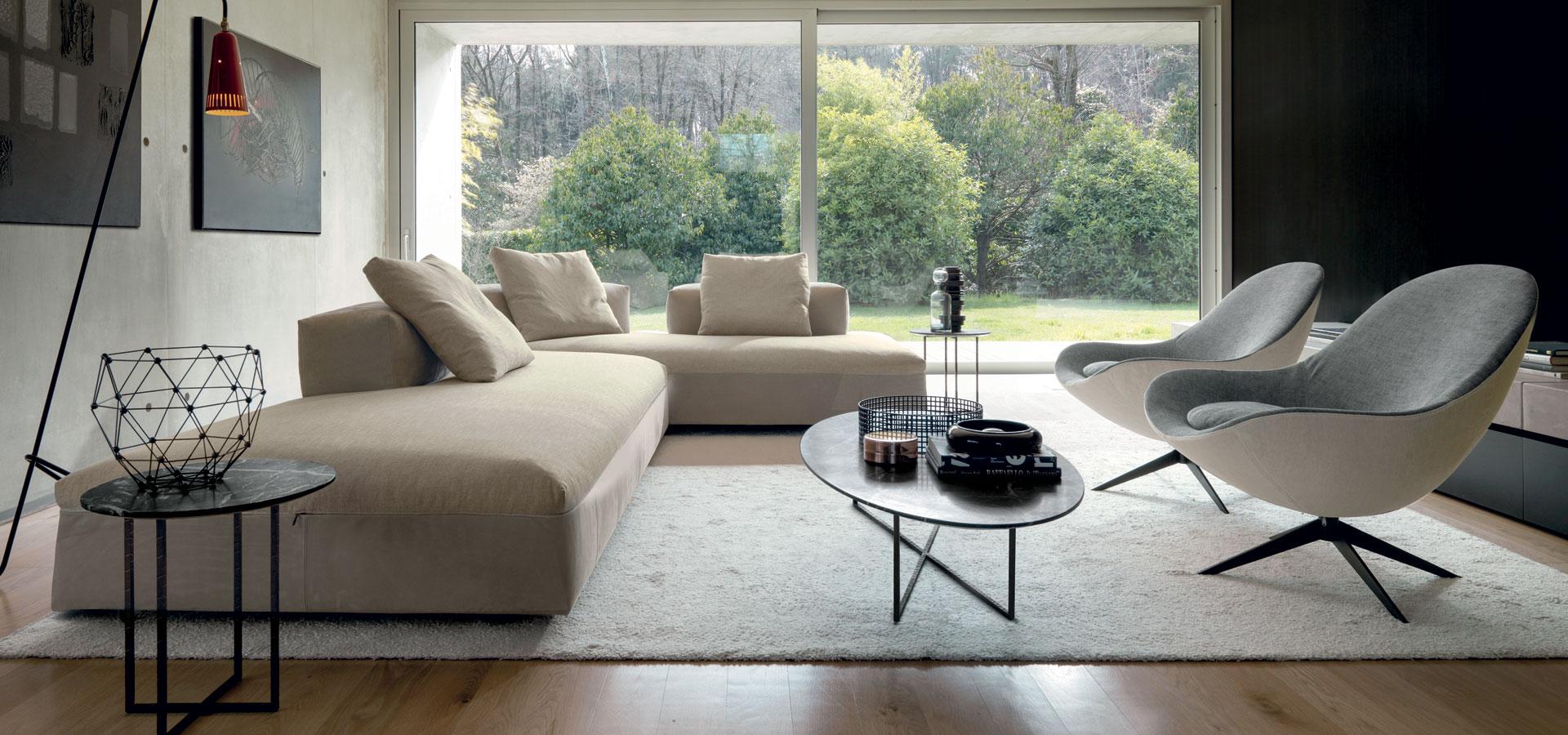 Scopri tutte i divani e i divani letto in vendita presso lo showroom di pioda arredamenti a vertemate con minoprio (como) Simonetta Arreda I Nostri Divani E Poltrone Di Design