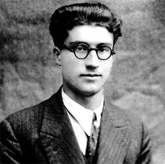 Cesare Pavese.jpg