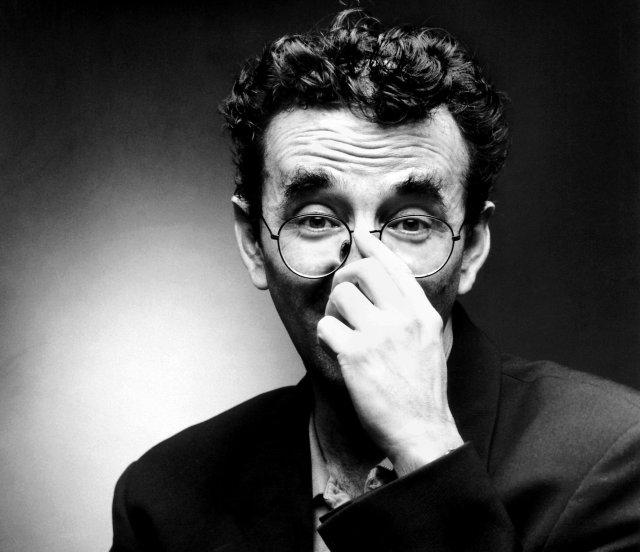 el mito de bolaño - Roberto Bolaño se ha convertido en un mito de la literatura no solo latinoamericana, sino mundial.Los detectives salvajes (1998) su novela ganadora del Premio Rómulo Gallegos y quizás su obra más conocida está plagada de guiños y juegos literarios.