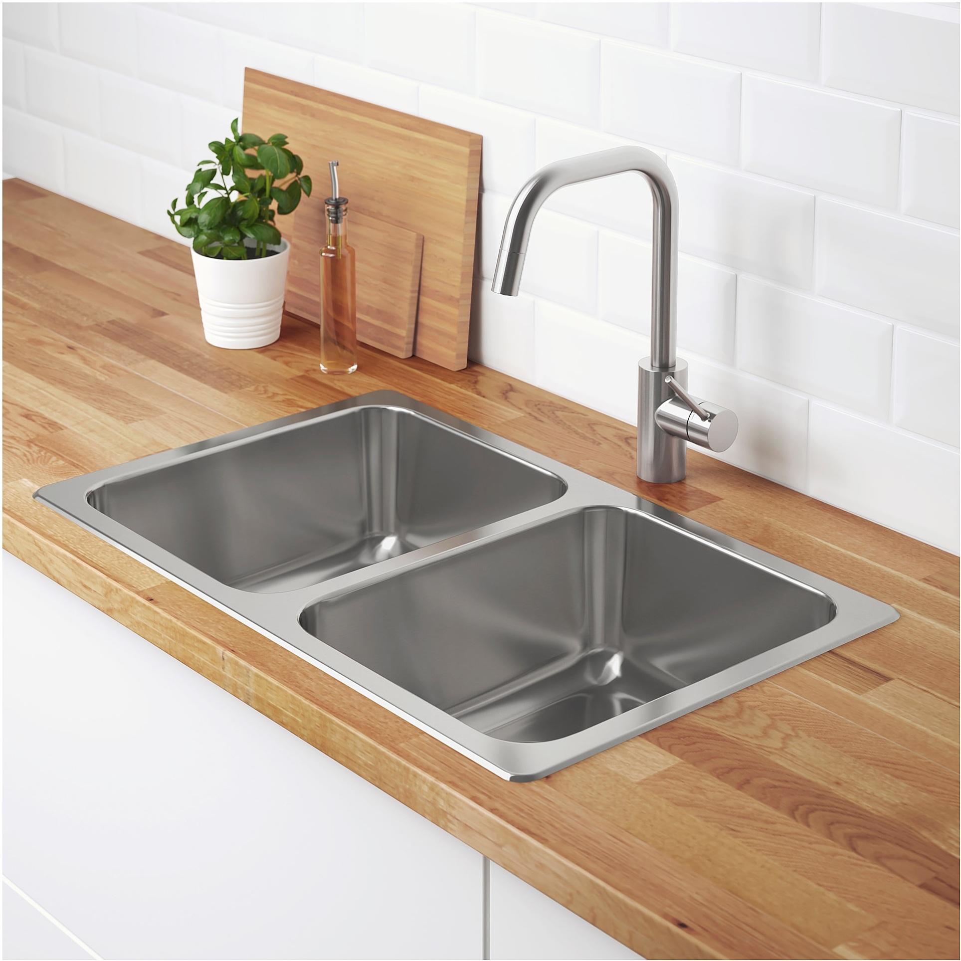 top mount or undermount sinks