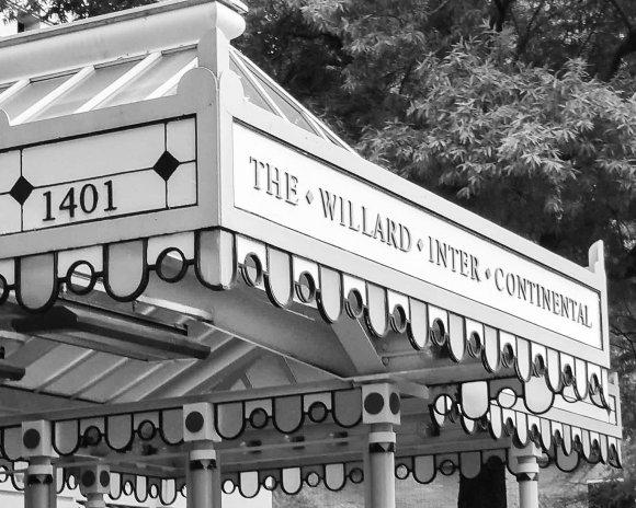 2017-05-13_High Tea Willard Hotel-170707.jpg