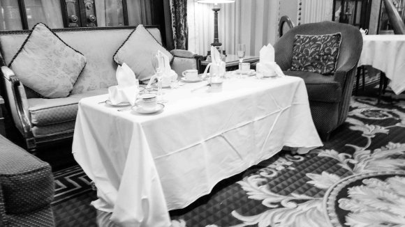 2017-05-13_High Tea Willard Hotel-145914.jpg