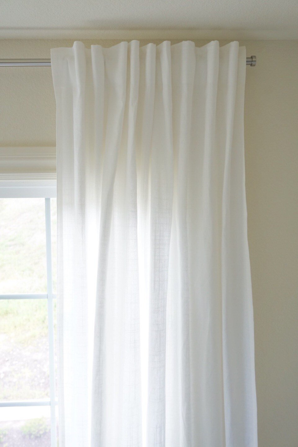 how to choose inexpensive curtains and