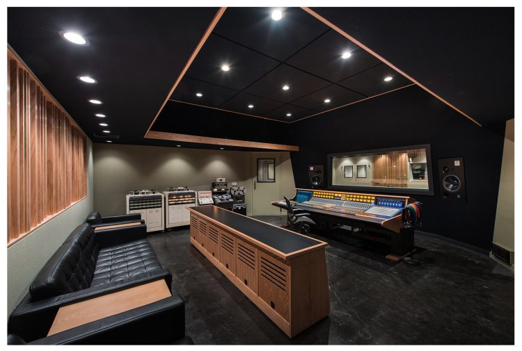 Photos — THE ATOMIC GARDEN RECORDING STUDIOS