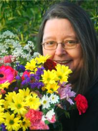 Aromatherapy for Your Soul Author Dr Silvia Hartmann